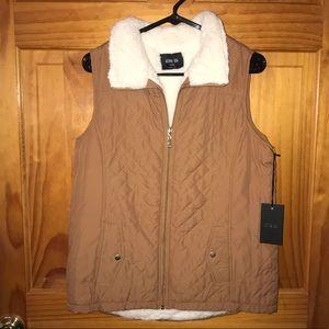 NWT Medium Quilted Vest
